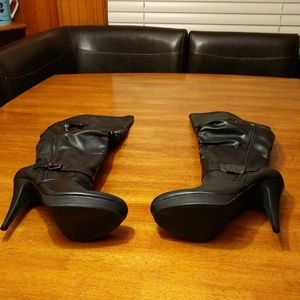Guess Black Heeled Boots-Never Worn